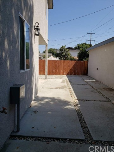 1604 87TH PL, Los Angeles, California 90002, 5 Bedrooms Bedrooms, ,3 BathroomsBathrooms,Duplex,For sale,87TH PL,PW20235901