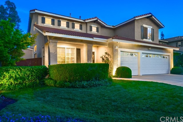 598 Redondo Lane, Corona CA: http://media.crmls.org/medias/28e13493-64d7-48a1-89a1-7784157ec2c6.jpg