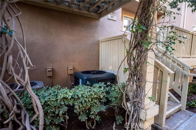 327 W Summerfield Cr, Anaheim, CA 92802 Photo 49