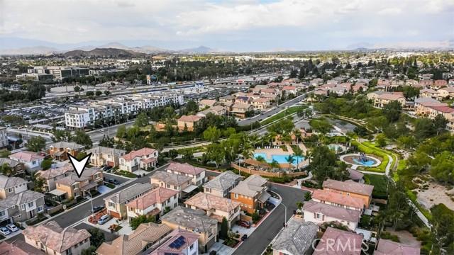 10961 Periwinkle Way, Riverside CA: http://media.crmls.org/medias/28f48023-282b-4aea-b1b2-29290656bf33.jpg