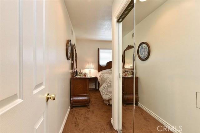1455 Lawford Street, Glendora CA: http://media.crmls.org/medias/29001924-995d-494a-8ebb-ab6da6b127c4.jpg