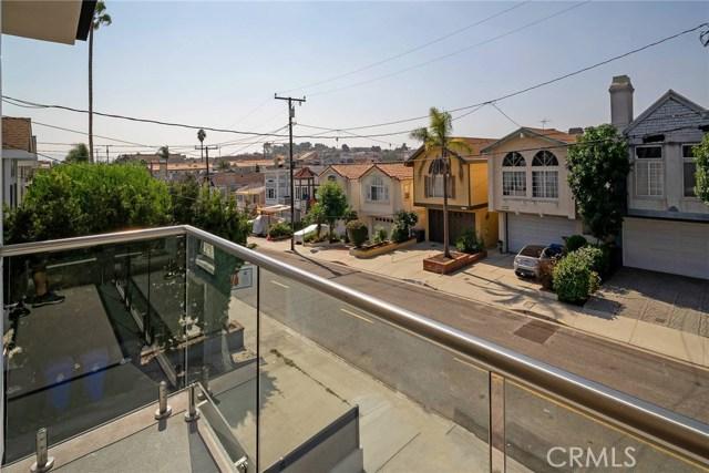 1756 Dixon, Redondo Beach CA: http://media.crmls.org/medias/290d6f7c-6457-41d3-8ce4-57463eb2d44c.jpg