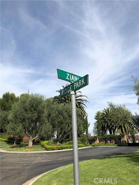 28 San Sovino, Newport Coast CA: http://media.crmls.org/medias/29122a60-2971-4e4b-b9bb-fd01d6ce58f0.jpg