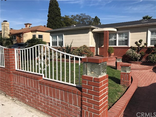 Single Family Home for Sale at 8934 12th Avenue S Inglewood, California 90305 United States
