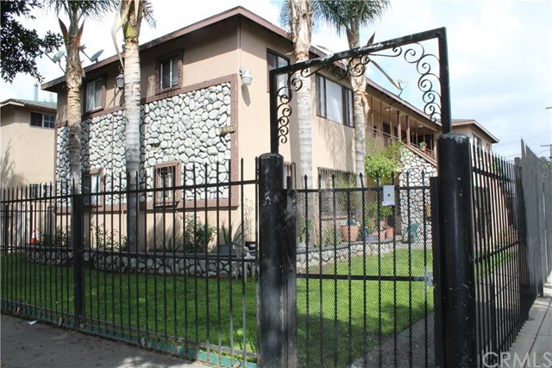 Commercial for Sale at 2111 E Alondra Boulevard 2111 E Alondra Boulevard Compton, California 90221 United States