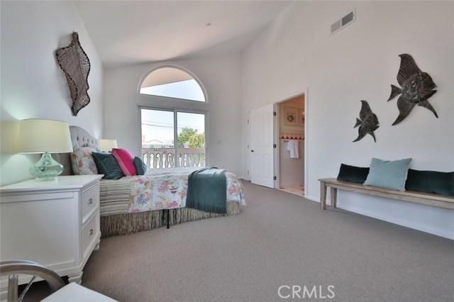 1064 Avenue D, Redondo Beach CA: http://media.crmls.org/medias/293994e9-21e8-4092-a031-018d1fe7431f.jpg