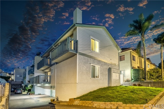 1916 Carnegie B Redondo Beach CA 90278