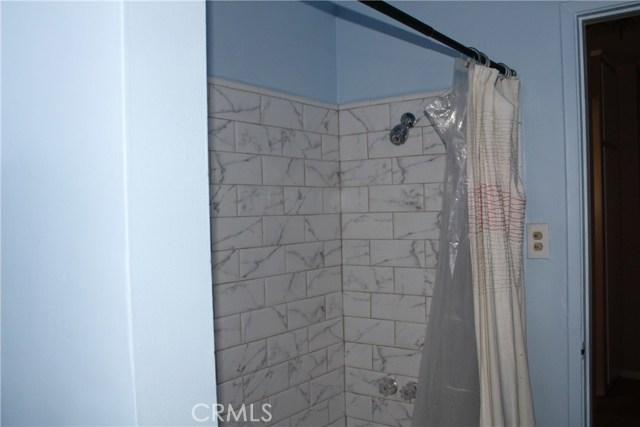 2464 Endicott Street, El Sereno CA: http://media.crmls.org/medias/294c8b25-aa55-4775-a341-ca0b96dda5d6.jpg