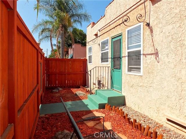1608 Ohio Avenue, Long Beach CA: http://media.crmls.org/medias/294c9f74-eaef-4cde-8cb0-82fa05baf897.jpg