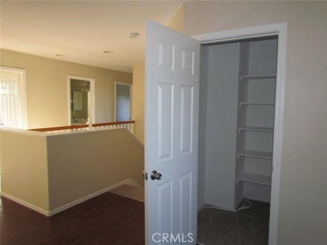 42205 57th W Street, Quartz Hill CA: http://media.crmls.org/medias/295101e4-437a-4f69-991d-ce6f1cbf7316.jpg
