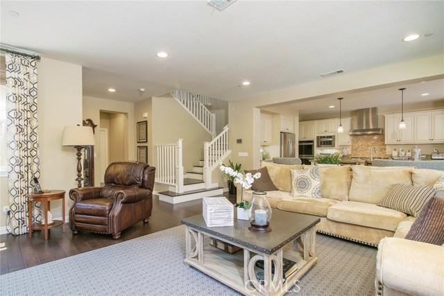 47 Vivido Street, Rancho Mission Viejo CA: http://media.crmls.org/medias/29514a0d-f114-46e2-8176-7779c3f4c40d.jpg