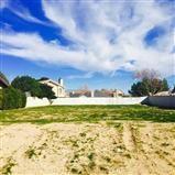 82 Spring Valley, Victorville CA: http://media.crmls.org/medias/2957f830-683c-44ea-ac0e-7bb287cd7adb.jpg