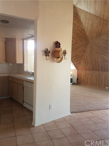 14426 Lee Court, Clearlake Oaks CA: http://media.crmls.org/medias/29644e7a-7b74-48df-921a-06de29c3754f.jpg