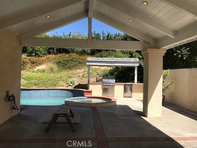 47 Cottontail Drive, Phillips Ranch CA: http://media.crmls.org/medias/2964fb36-da4b-4688-97d2-ef7ab9627576.jpg