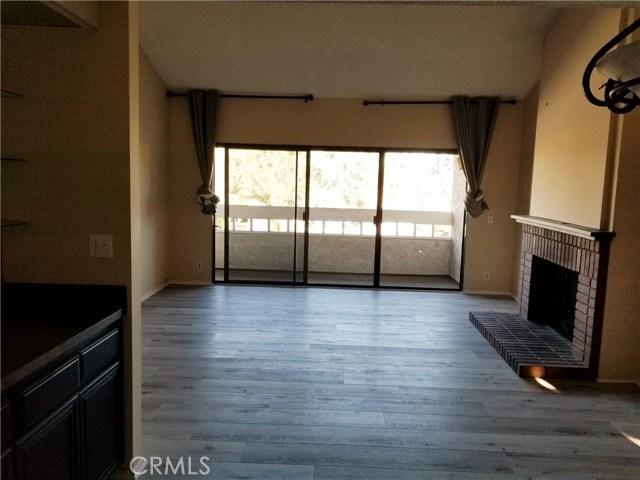 2901 Oakwood Lane, Torrance CA: http://media.crmls.org/medias/29656a5a-28f2-4fe0-bbb2-50fecdc6709d.jpg