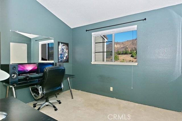 579 Canyon Hill Road, San Dimas CA: http://media.crmls.org/medias/29738d74-da86-4140-87a3-c5b01aaa6660.jpg