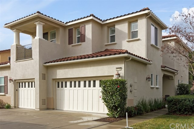 23765 Los Pinos Court, Corona, California