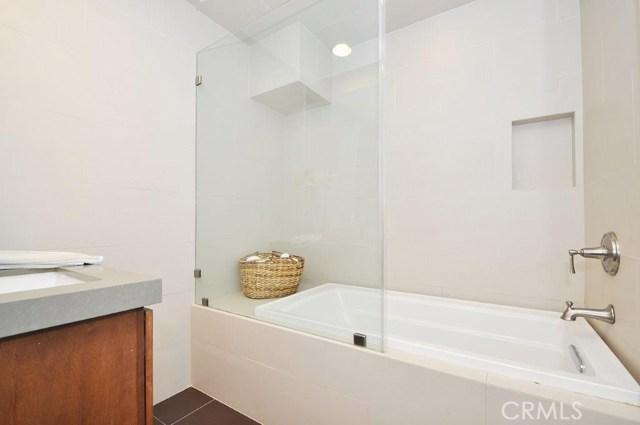 904 Via Nogales, Palos Verdes Estates CA: http://media.crmls.org/medias/2986bb96-18f5-4919-a602-a926a35a45a3.jpg