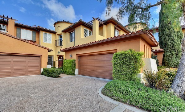 5 Valore Drive Newport Coast, CA 92657 is listed for sale as MLS Listing OC18060861