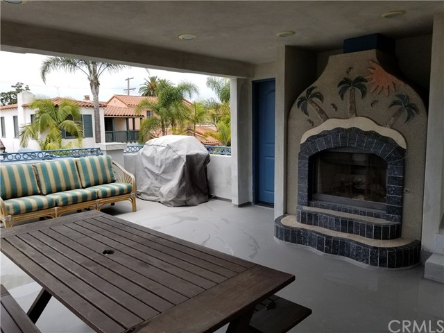 62 Saint Joseph Av, Long Beach, CA 90803 Photo 5