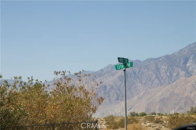 5 Kay Road, Desert Hot Springs CA: http://media.crmls.org/medias/29a6a46e-ca48-4f87-9685-c64baa6d8448.jpg