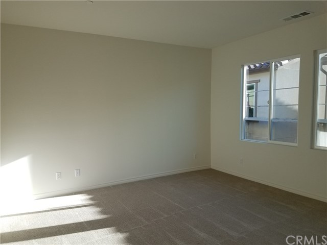 210 W Ridgewood St, Long Beach, CA 90805 Photo 13