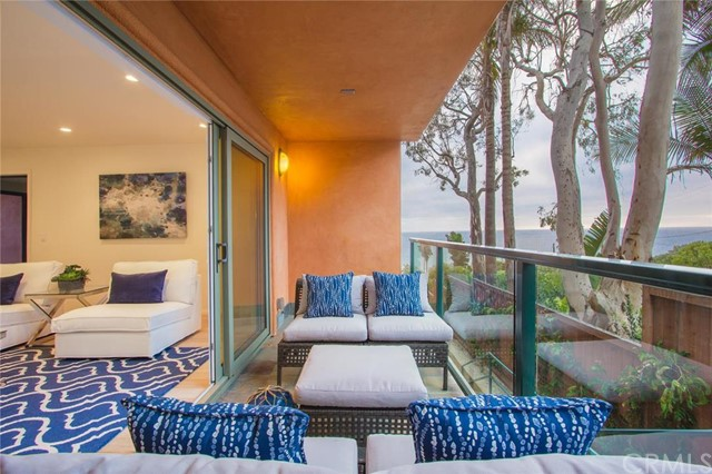 2442 S Coast Highwa Laguna Beach, CA 92651 is listed for sale as MLS Listing LG16092238