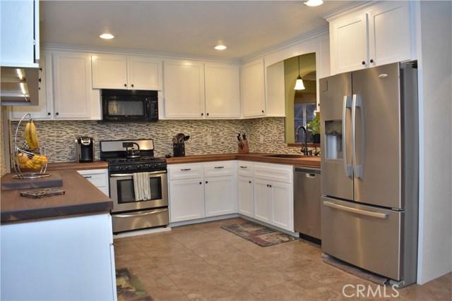 2655 Whittier Avenue, Clovis CA: http://media.crmls.org/medias/29b2591b-2aa7-4cf2-9616-0b1071d0b0b3.jpg