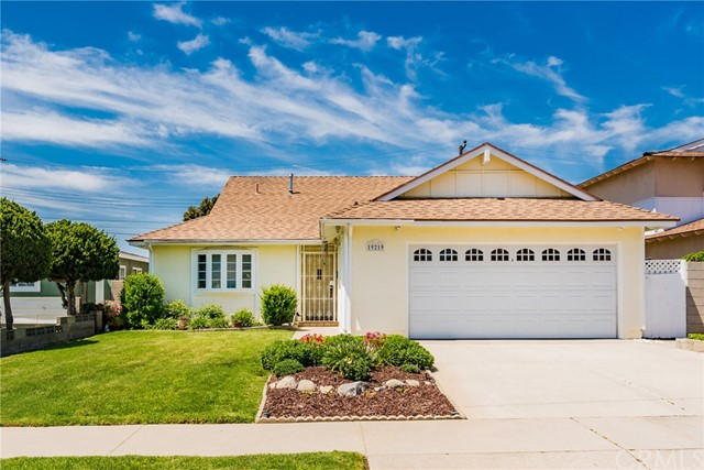 19219 Midtown Avenue, Carson, California 90746, 3 Bedrooms Bedrooms, ,2 BathroomsBathrooms,Single family residence,For Sale,Midtown,DW19093377