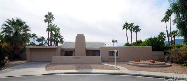 Single Family Home for Sale at 2251 E Calle Papagayo 2251 E Calle Papagayo Palm Springs, California 92262 United States