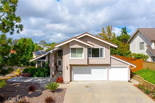 22112 Comanche Road, Lake Forest CA: http://media.crmls.org/medias/29c6ad87-d0ff-4583-9b11-7bee97c7be9a.jpg