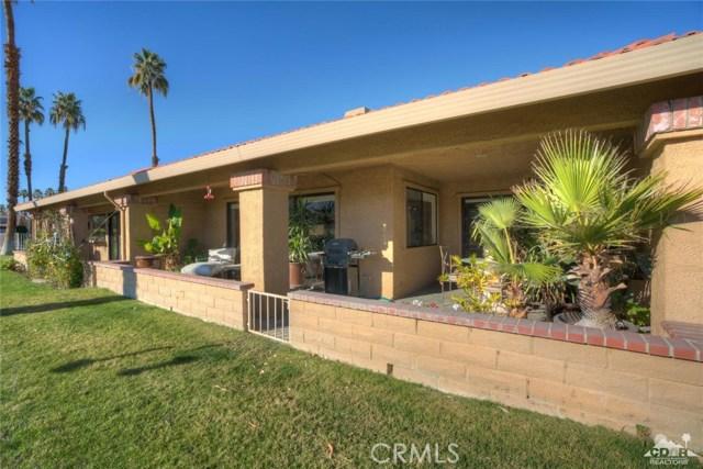 169 Camino Arroyo, Palm Desert CA: http://media.crmls.org/medias/29c70c42-b5cd-4bed-8b0e-0f413f7b0020.jpg