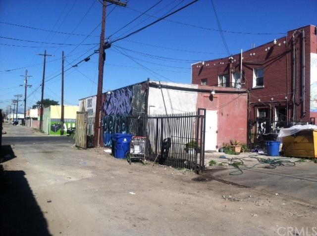 7901 Central Ave, Los Angeles, CA 90001