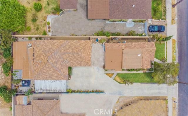 427 E Maple Avenue, Monrovia CA: http://media.crmls.org/medias/29cf98e8-c2c4-4c33-a89e-0ee37772c62c.jpg