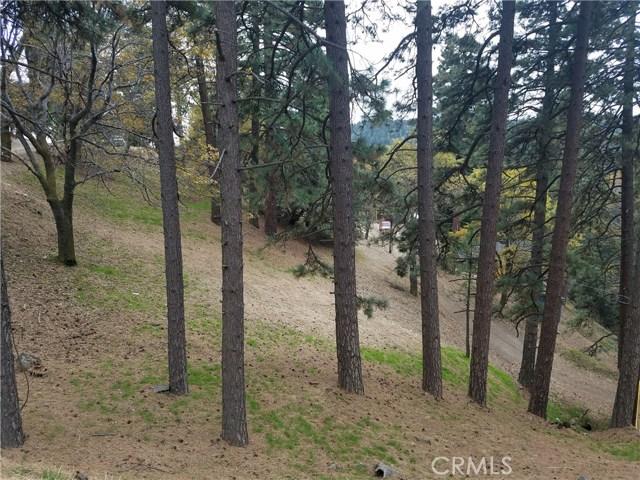 0 Elliot Road, Crestline CA: http://media.crmls.org/medias/29d39432-b7a5-4117-bd36-b2f188ac1568.jpg