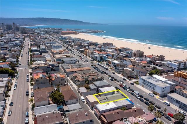 718 Hermosa Avenue, Hermosa Beach CA: http://media.crmls.org/medias/29e0563b-172b-4e8a-a40c-1aac20b2cdf6.jpg