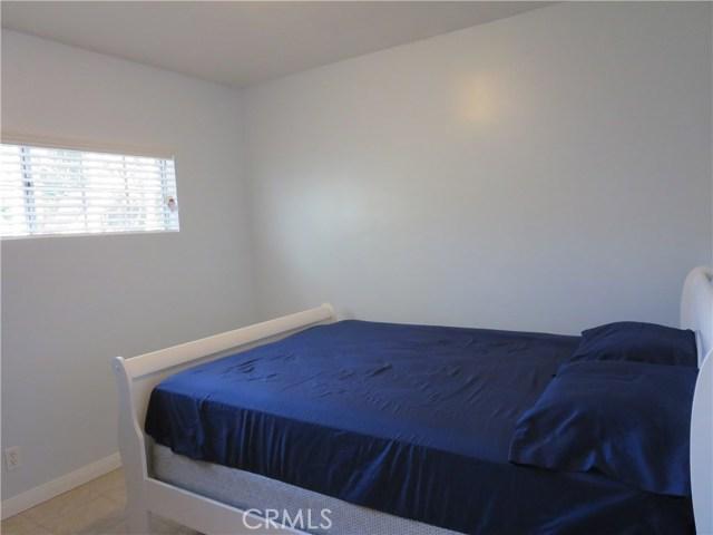828 N Lucia Avenue, Redondo Beach CA: http://media.crmls.org/medias/29f59d82-c206-4037-811a-faa61ab3b224.jpg