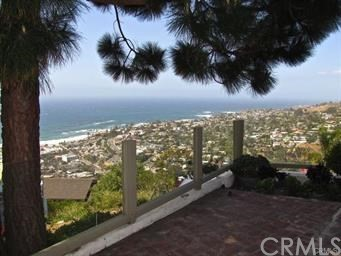 1265 Skyline Drive, Laguna Beach CA: http://media.crmls.org/medias/29f93be1-a8a4-4c48-923c-6d6f6cf9491a.jpg