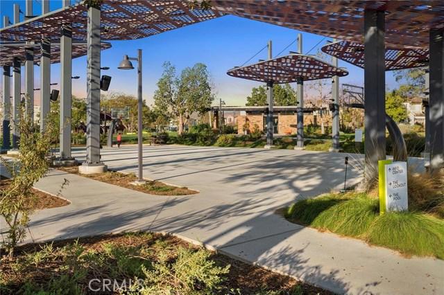 168 Follyhatch, Irvine CA: http://media.crmls.org/medias/29faedd9-d3a8-49ce-9bf5-465d8e711399.jpg