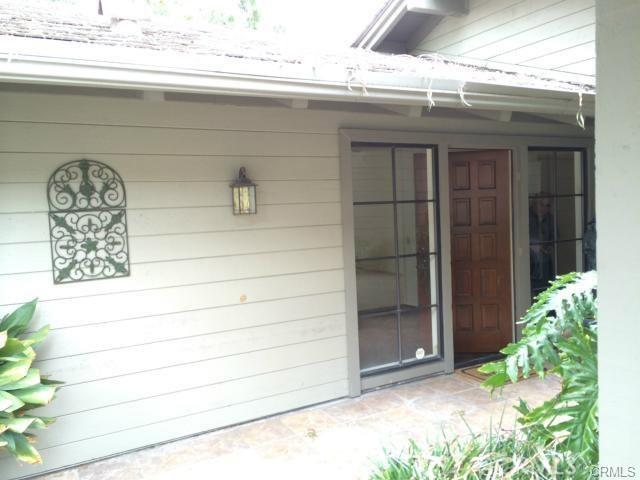 6 Vista, Irvine CA: http://media.crmls.org/medias/2a1020ab-5233-4fe2-99df-f9765b162037.jpg