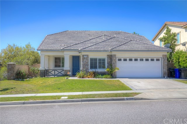 12195 Canyon Meadows Drive , CA 91739 is listed for sale as MLS Listing CV17188860
