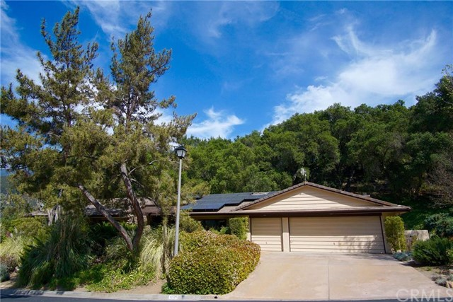 Single Family Home for Sale at 32229 Paauwe Drive Pauma Valley, California 92061 United States