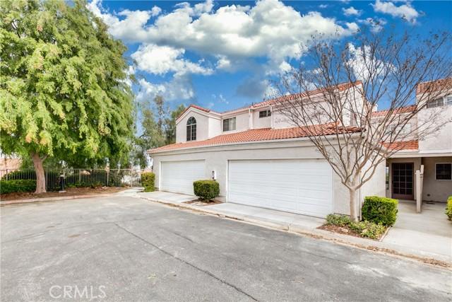 13194 Spire Circle, Chino Hills CA: http://media.crmls.org/medias/2a1bc89e-7970-49e4-a9c4-09dc3a086b4e.jpg