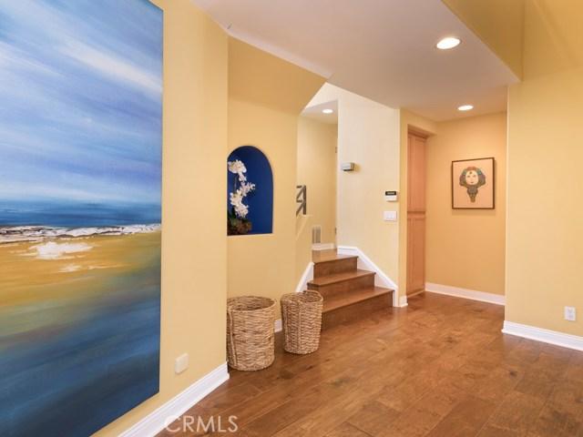 530 Loma Dr, Hermosa Beach, CA 90254 photo 5