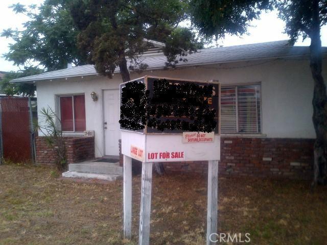 7401 Katella Avenue, Stanton CA: http://media.crmls.org/medias/2a301c38-e846-4a12-937a-e73172d4cc1e.jpg