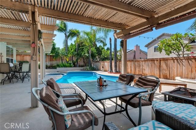 2856 S Buena Vista Avenue, Corona CA: http://media.crmls.org/medias/2a42c0f3-bd76-411c-9246-3a7c627afccc.jpg