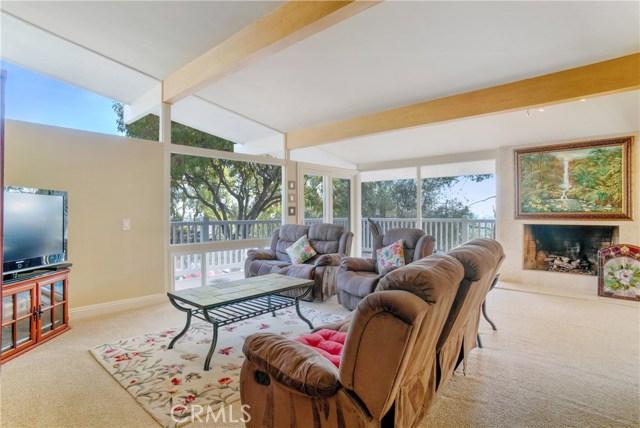 18 Ranchview Road, Rolling Hills Estates CA: http://media.crmls.org/medias/2a47c3db-eee2-4cf8-a2bb-e5499ba1e51c.jpg
