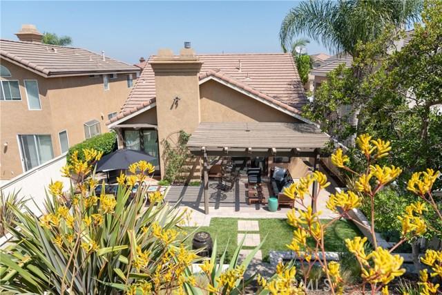 930 S Dylan Way, Anaheim Hills CA: http://media.crmls.org/medias/2a49e5d8-3e12-423d-9d76-41f518b41407.jpg