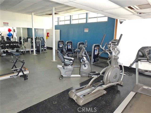 305 N Jade Cove, Long Beach CA: http://media.crmls.org/medias/2a50e47a-3b44-4cb6-8c6b-e1e104ee7c5c.jpg