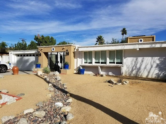 2222 Via Miraleste, Palm Springs CA 92262